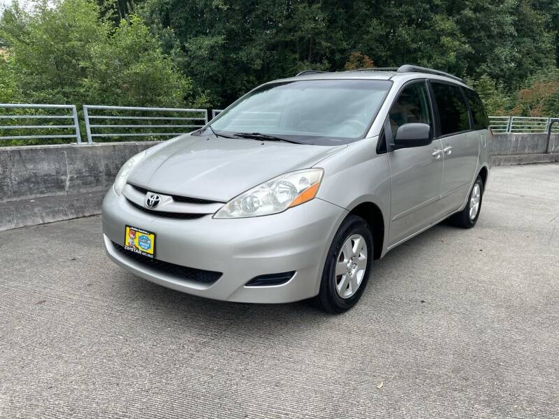 2006 Toyota Sienna for sale at Zipstar Auto Sales in Lynnwood WA