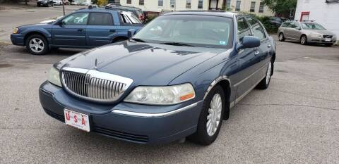 2005 Lincoln Town Car for sale at Union Street Auto in Manchester NH