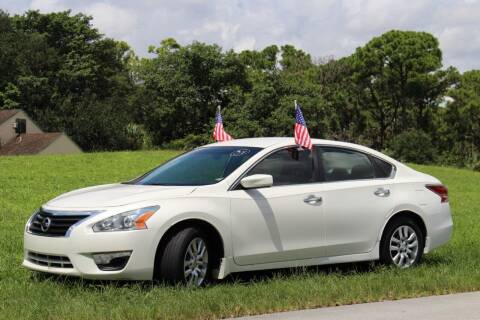 2015 Nissan Altima for sale at CHASE MOTOR in Miami FL