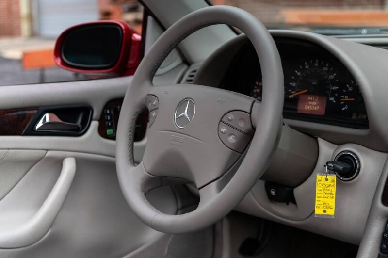 2001 Mercedes-Benz CLK CLK 320 2dr Cabriolet - Saint Charles MO