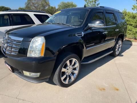 2007 Cadillac Escalade for sale at Azteca Auto Sales LLC in Des Moines IA