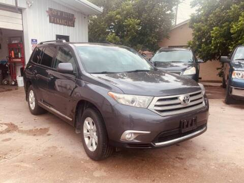 2012 Toyota Highlander for sale at Bad Credit Call Fadi in Dallas TX