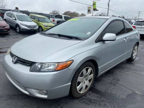 2006 Honda Civic for sale at Modern Automotive in Boiling Springs SC