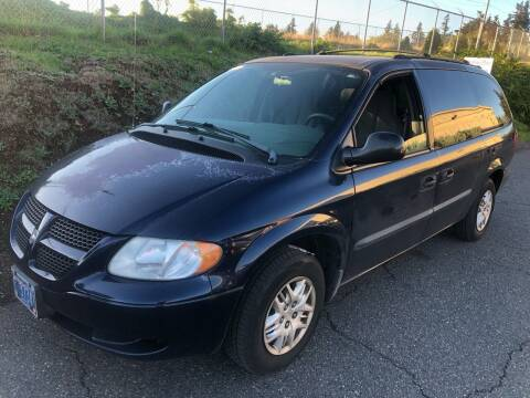 2004 Dodge Grand Caravan for sale at Blue Line Auto Group in Portland OR