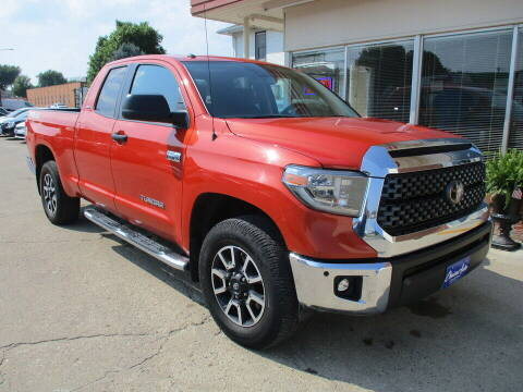 2018 Toyota Tundra for sale at Choice Auto in Carroll IA