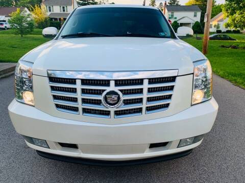 2007 Cadillac Escalade for sale at Via Roma Auto Sales in Columbus OH