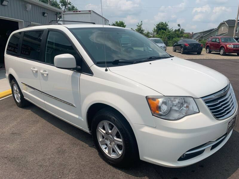 2013 Chrysler Town and Country for sale at PETE'S AUTO SALES LLC - Dayton in Dayton OH