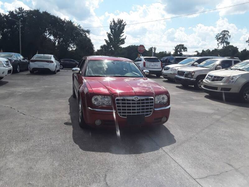 2008 Chrysler 300 for sale at FAMILY AUTO BROKERS in Longwood FL