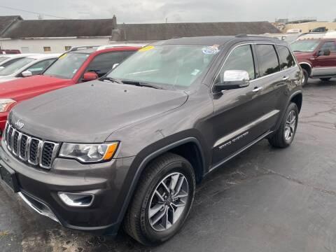2019 Jeep Grand Cherokee for sale at Blue Bird Motors in Crossville TN