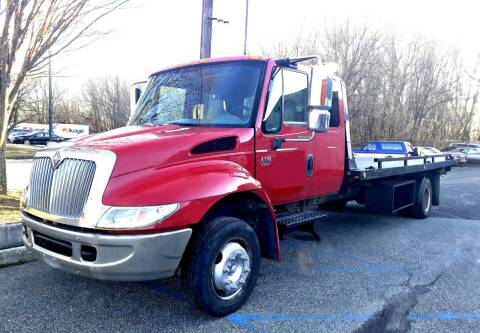 2003 International DT 466 for sale at Black Tie Classics in Stratford NJ