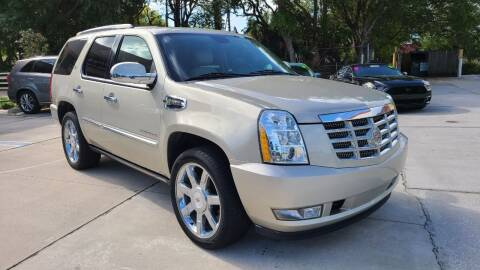 2013 Cadillac Escalade Hybrid for sale at Dunn-Rite Auto Group in Longwood FL