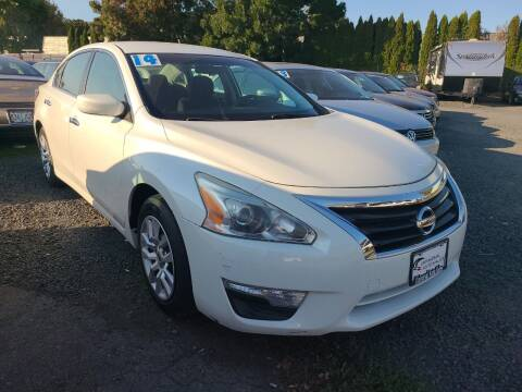 2014 Nissan Altima for sale at Universal Auto Sales in Salem OR