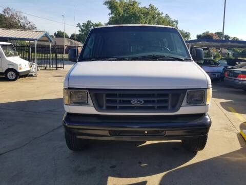 2003 Ford E-Series Wagon for sale at FORD'S AUTO SALES in Houston TX