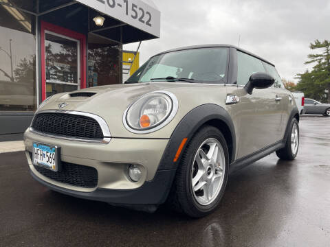 2009 MINI Cooper for sale at Mainstreet Motor Company in Hopkins MN