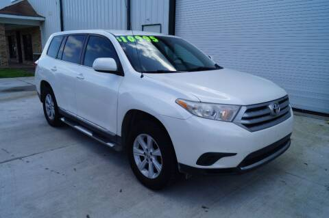 2011 Toyota Highlander for sale at Deaux Enterprises, LLC. in Saint Martinville LA
