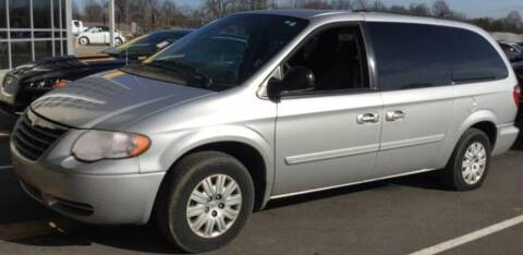 2007 Chrysler Town and Country for sale at D & J AUTO EXCHANGE in Columbus IN
