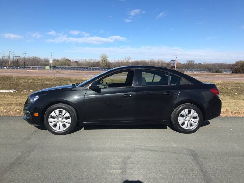 2015 Chevrolet Cruze for sale at Whi-Con Auto Brokers in Shakopee MN