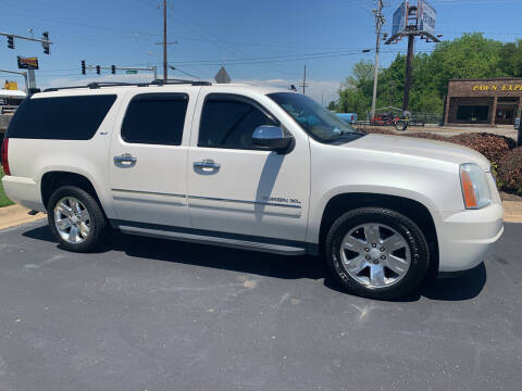 2011 GMC Yukon XL for sale at Auto Credit Xpress in Jonesboro AR