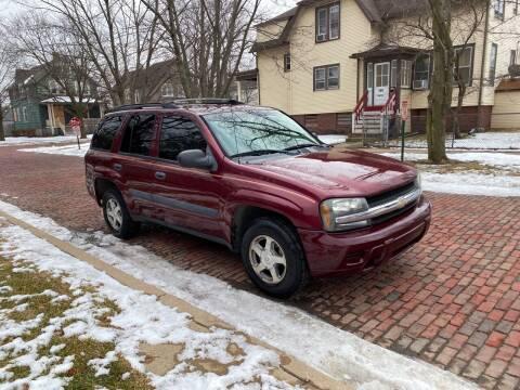 2005 Chevrolet TrailBlazer for sale at RIVER AUTO SALES CORP in Maywood IL