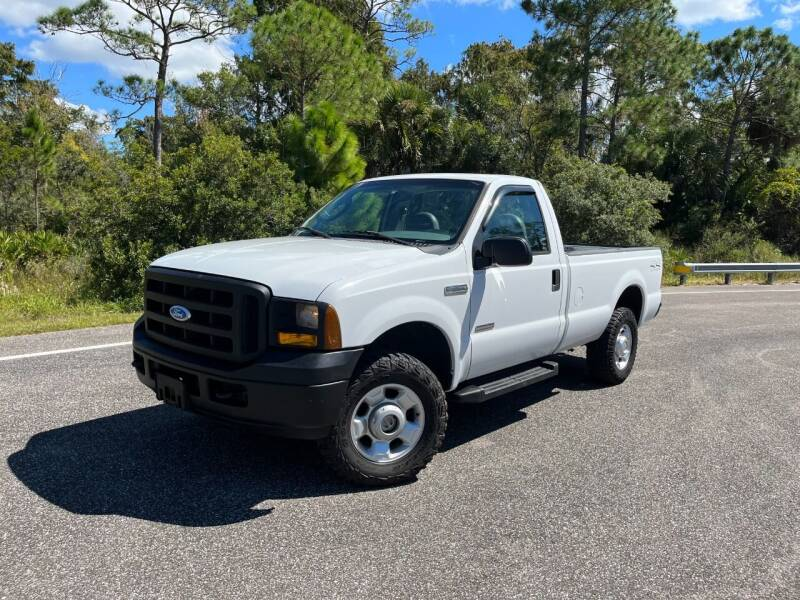 2007 Ford F-250 Super Duty for sale at VICTORY LANE AUTO SALES in Port Richey FL