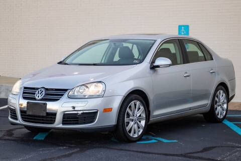 2010 Volkswagen Jetta for sale at Carland Auto Sales INC. in Portsmouth VA