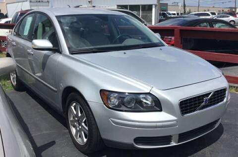 2006 Volvo S40 for sale at Rayyan Auto Sales LLC in Lexington KY