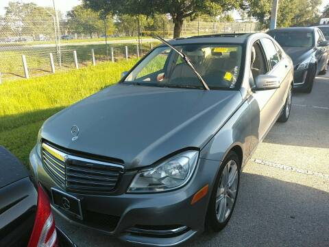 2012 Mercedes-Benz C-Class for sale at LUXURY IMPORTS AUTO SALES INC in North Branch MN