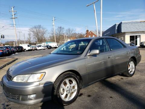 2000 Lexus ES 300 for sale at COLONIAL AUTO SALES in North Lima OH