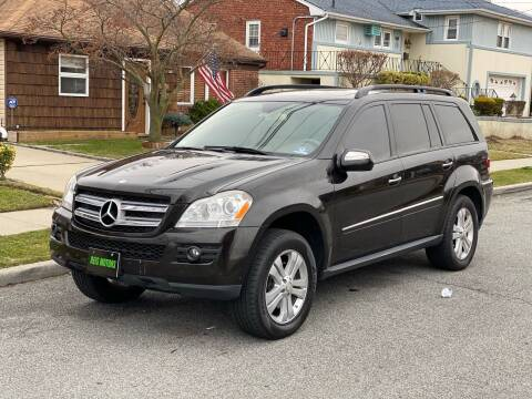2009 Mercedes-Benz GL-Class for sale at Reis Motors LLC in Lawrence NY