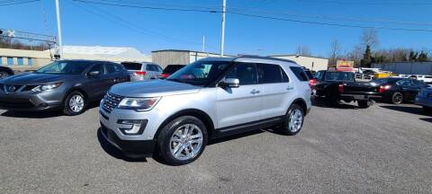 2017 Ford Explorer for sale at CHILI MOTORS in Mayfield KY