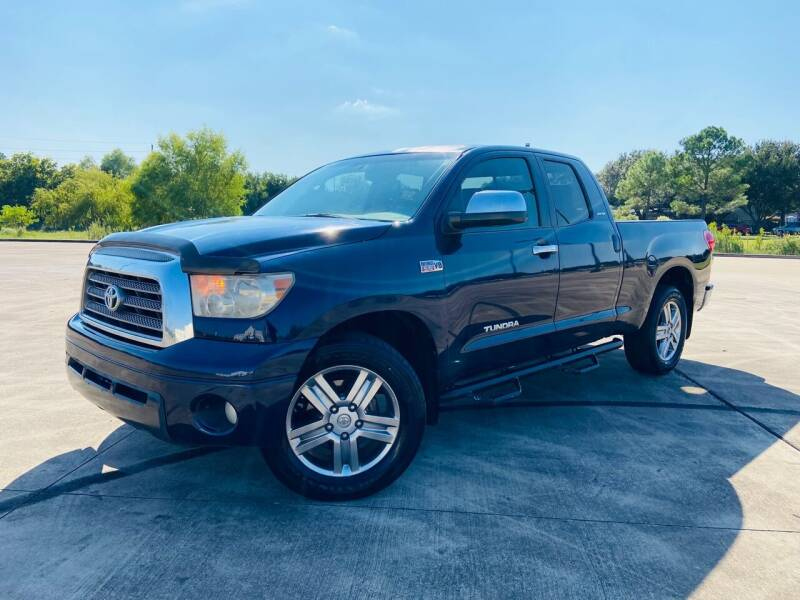 2008 Toyota Tundra for sale at AUTO DIRECT Bellaire in Houston TX