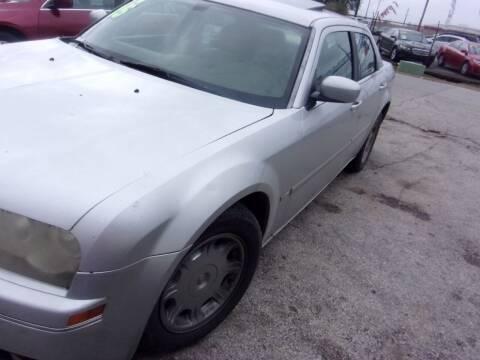 2007 Chrysler 300 for sale at SCOTT HARRISON MOTOR CO in Houston TX