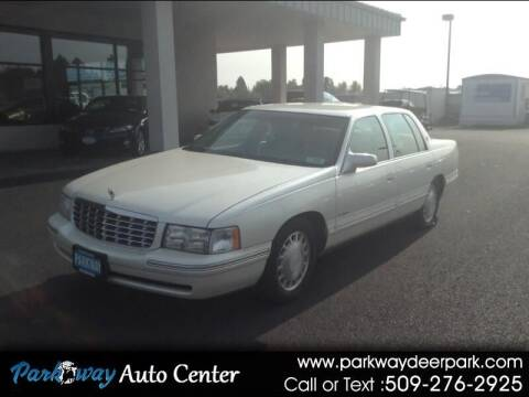 1998 Cadillac DeVille for sale at PARKWAY AUTO CENTER AND RV in Deer Park WA