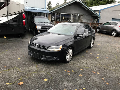 2013 Volkswagen Jetta for sale at Autos Cost Less LLC in Lakewood WA