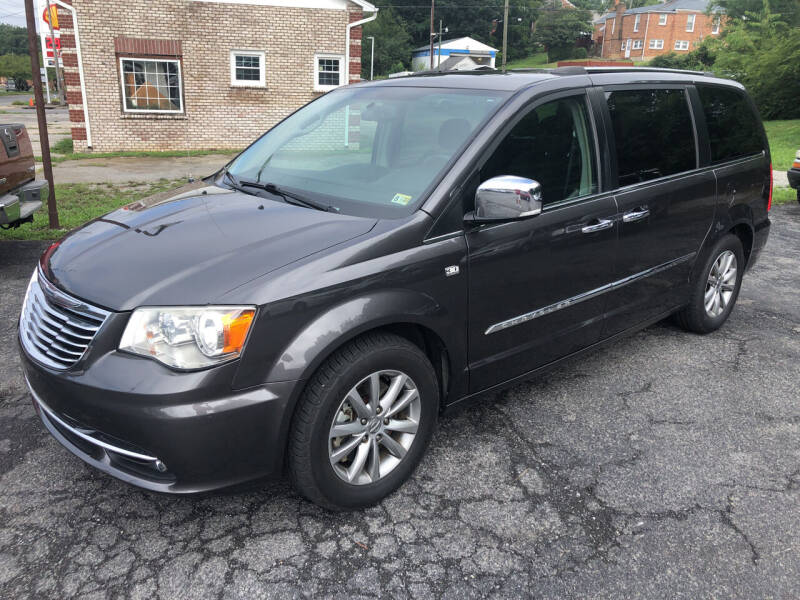 2014 Chrysler Town and Country for sale at J & J Autoville Inc. in Roanoke VA