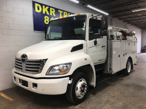 2010 Hino 258 for sale at DKR Trucks in Arlington TX