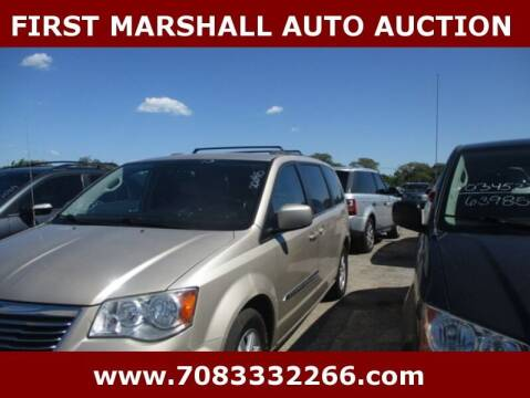 2013 Chrysler Town and Country for sale at First Marshall Auto Auction in Harvey IL