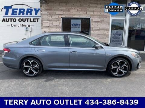 2020 Volkswagen Passat for sale at Terry Auto Outlet in Lynchburg VA