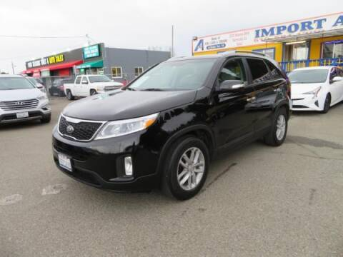 2014 Kia Sorento for sale at Import Auto World in Hayward CA