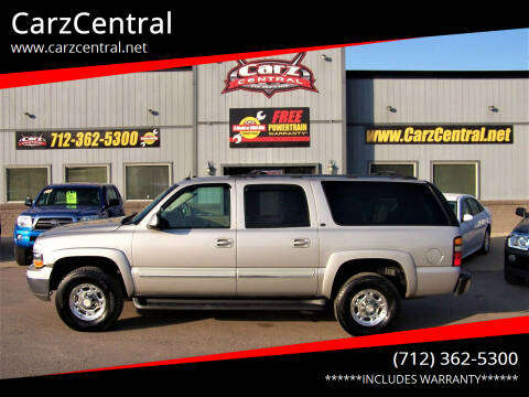 2005 Chevrolet Suburban for sale at CarzCentral in Estherville IA