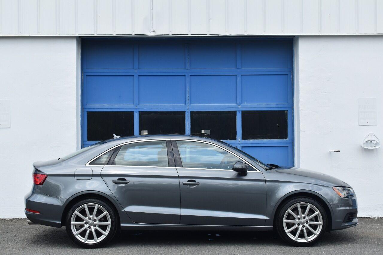 2016 Audi A3 2.0T quattro Premium Plus AWD 4dr Sedan full
