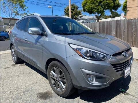 2015 Hyundai Tucson for sale at SF Bay Motors in Daly City CA