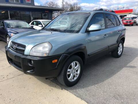 2006 Hyundai Tucson for sale at Wise Investments Auto Sales in Sellersburg IN
