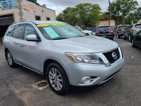 2015 Nissan Pathfinder for sale at Costas Auto Gallery in Rahway NJ