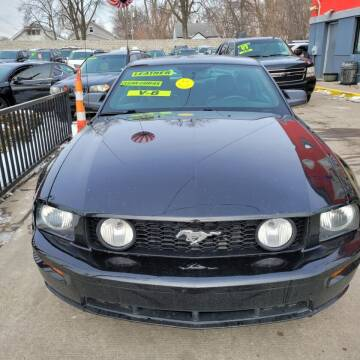 2009 Ford Mustang for sale at Carmen's Auto Sales in Hazel Park MI