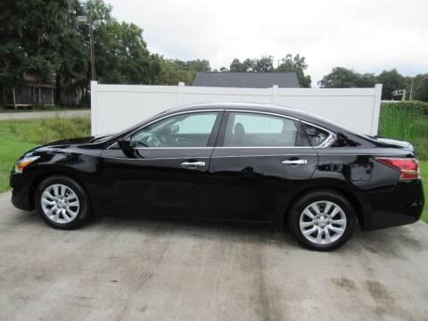 2014 Nissan Altima for sale at D & R Auto Brokers in Ridgeland SC