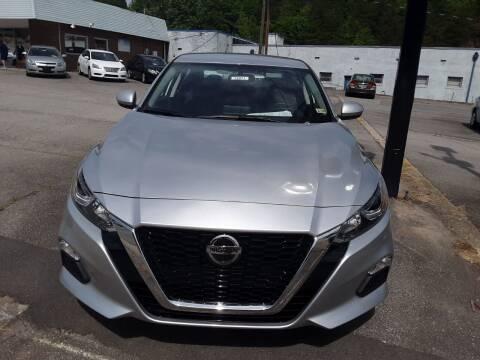 2020 Nissan Altima for sale at Auto Villa in Danville VA