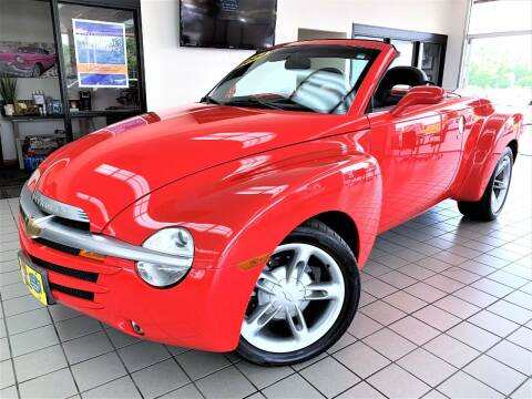 2004 Chevrolet SSR for sale at SAINT CHARLES MOTORCARS in Saint Charles IL