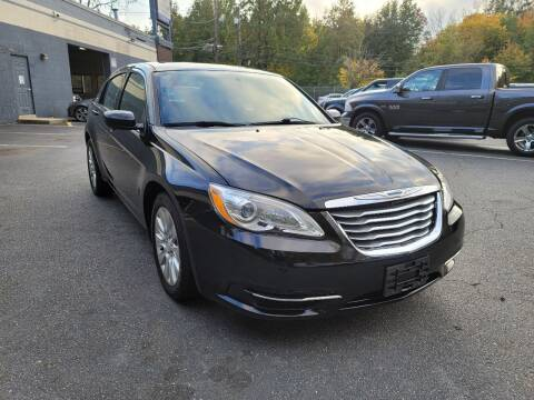 2013 Chrysler 200 for sale at AW Auto & Truck Wholesalers  Inc. in Hasbrouck Heights NJ