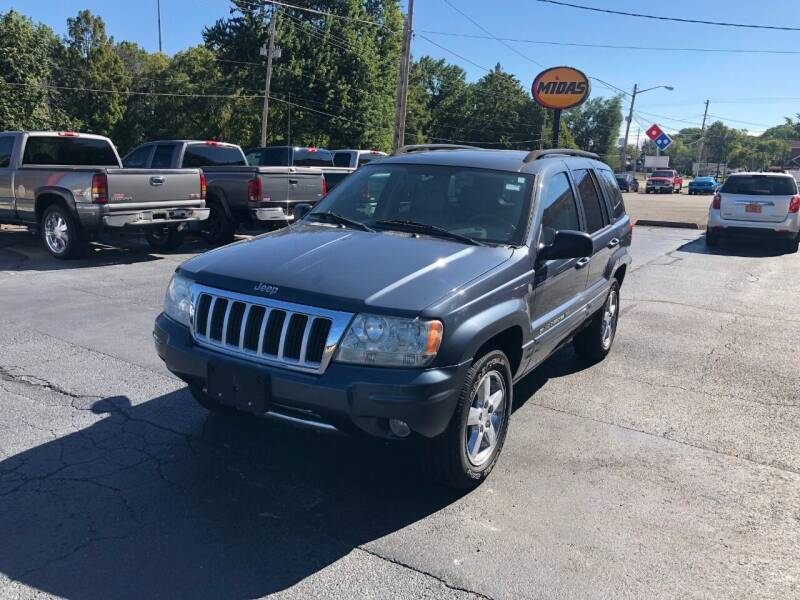 2004 Jeep Grand Cherokee for sale at Parkside Auto Sales & Service in Pekin IL